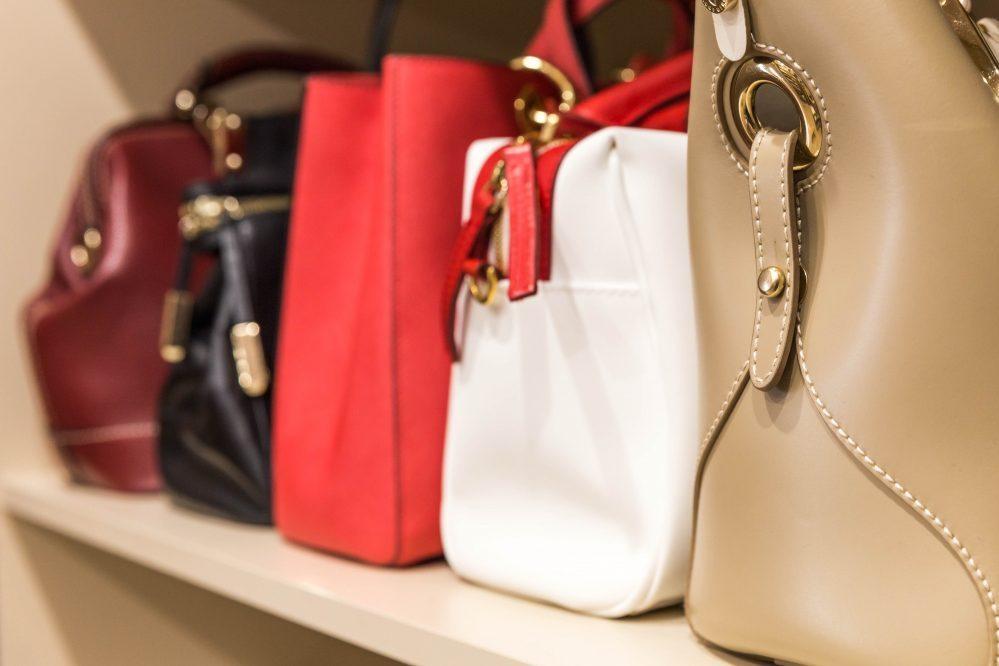 通気性の良い袋で保管