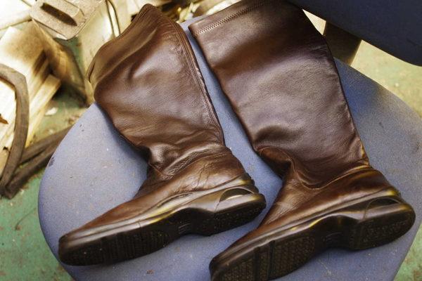 京都府 S様 COLE HAAN コールハーン 婦人ブーツ オールソール修理 加水分解サムネイル