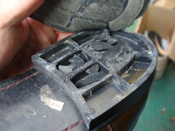 ブロックヒール交換2800円+消費税 紳士革靴サムネイル