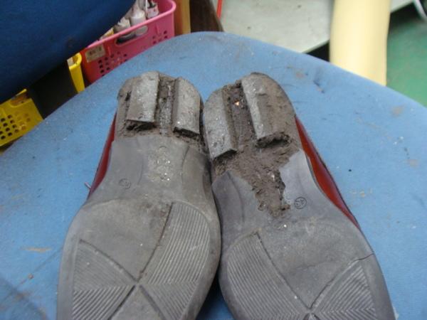 オールソール修理 12500円+消費税 ECCO エコー紳士革靴 加水分解サムネイル
