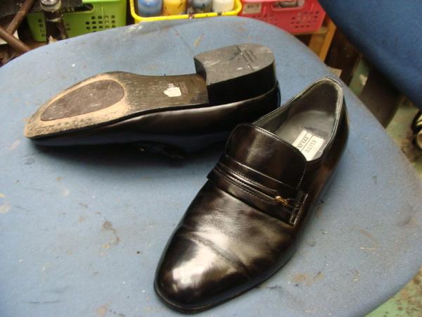 ハーフソール補強2300円+消費税 madras マドラス紳士革靴 中央のみサムネイル