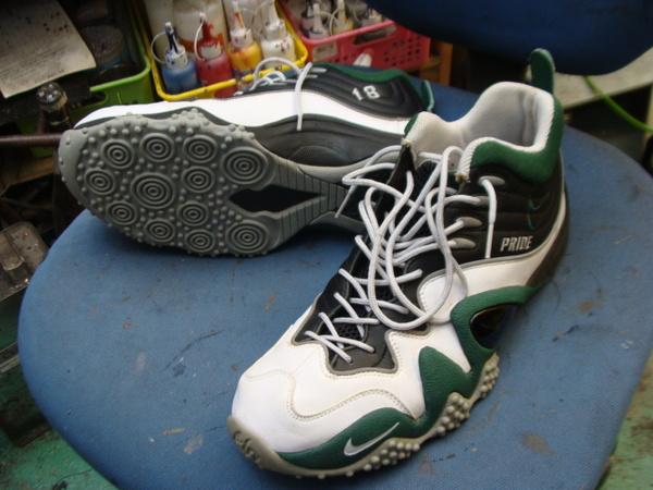ソール剥がれ修理 縫い付け対応 4000円+消費税 Nike ナイキズームバスケットボールシューズ 緑系サムネイル