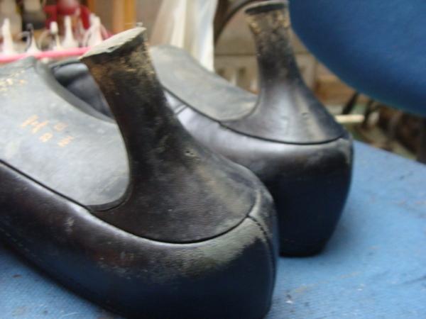 DIANA 婦人パンプス 靴磨きサムネイル
