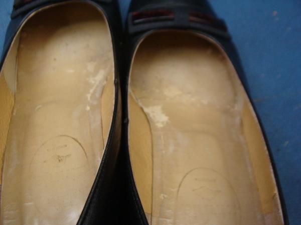 Marelli マレリーの紳士革靴 かかとゴム交換 積み上げヒールサムネイル