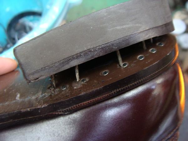 紳士革ジャンバーの汚れ及び擦り傷など修理サムネイル