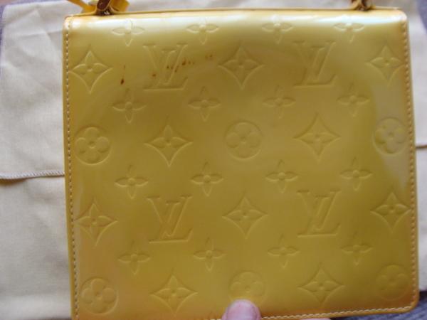 染みが出て染め替えです。26400円+消費税 Louis Vuitton ルイ・ヴィトンセカンドバッグサムネイル