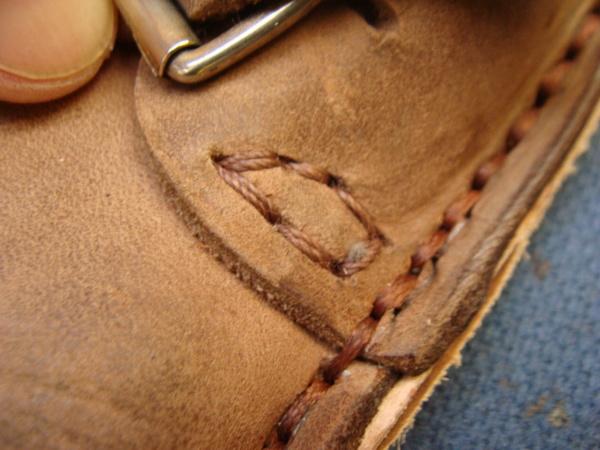 紳士革靴 かかとゴム交換とハーフソール補強交換サムネイル