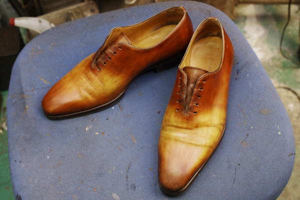 染め直し9800円+消費税 紳士革靴 アニリン染めか?色落ちが激しい 顔料染めサムネイル