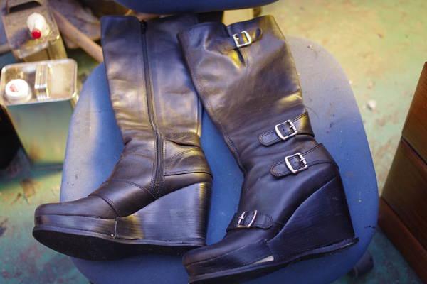 婦人ブーツ ウェッジヒール オールソール修理 11500円+消費税サムネイル