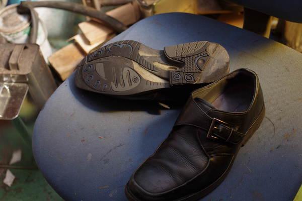 オールソール修理レベル 11500円+消費税 asics アシックス紳士革靴 一体型ソール サムネイル