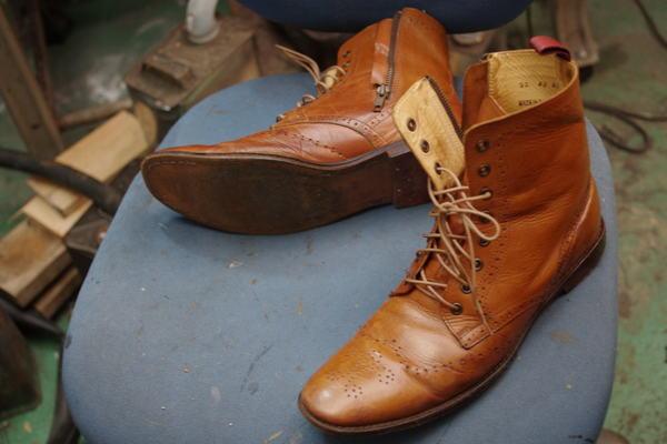 オールソール修理 13500円+消費税 紳士ブーツ サムネイル