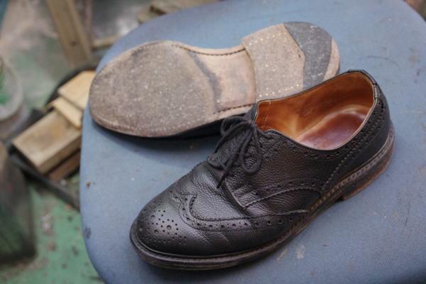 オールソール修理 13500円+消費税 滑り革修理3000円+消費税 #430仕様 Tricker's トリッカーズ紳士革靴 ウィングチップサムネイル