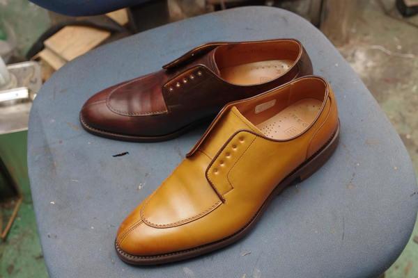 染め替え 10500円+消費税 REGAL リーガル紳士革靴 カーキ色から濃茶へサムネイル