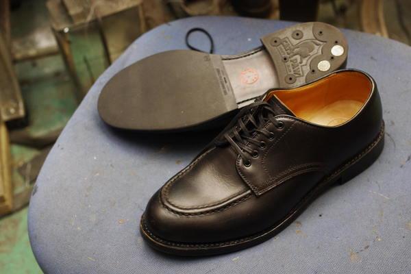 高知県 T様 WHEEL ROBE 紳士革靴 ソフトスパイクゴルフシューズへカスタム改造修理 キャッツポー CATS PAW インチネジサムネイル