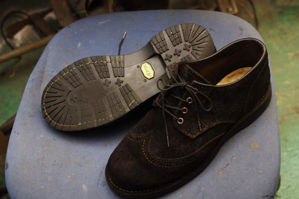 北海道 K様 エンジニア系ブーツ オールソール修理 Vibram#100にてサムネイル