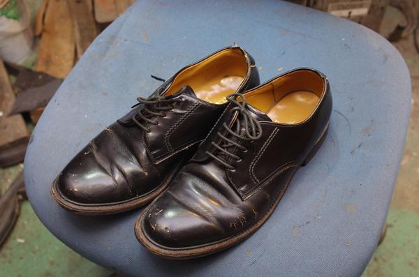倉敷市 S様 REGAL リーガル紳士革靴 パイピング処理 クラック補修サムネイル