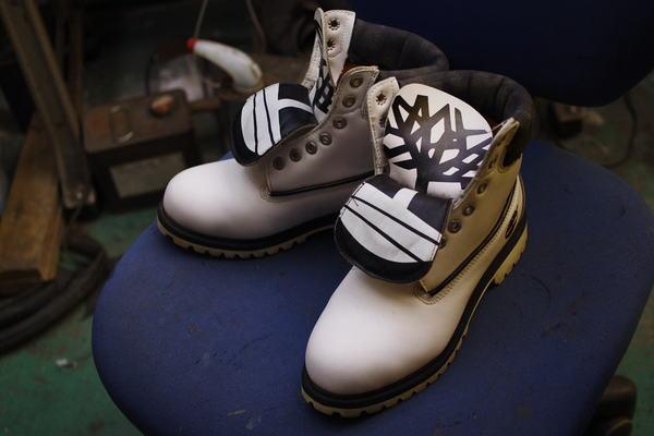 北海道 I様 Timberland ティンバーランドフィールドブーツ 履き口スポンジ表皮張り替え 内張り張替え 加水分解 本革サムネイル