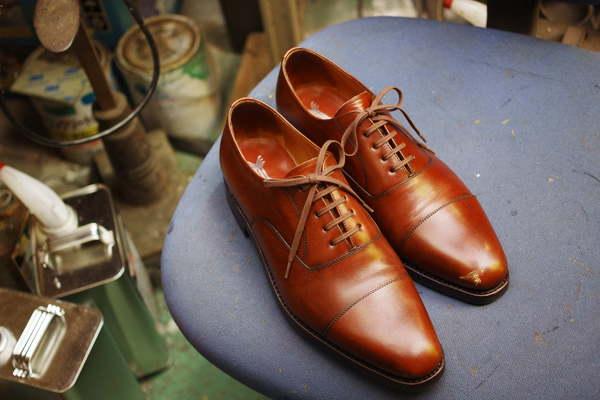 倉敷市 K様 YANKO ヤンコ紳士革靴 つま先キズ補修 染め直し 手塗りサムネイル