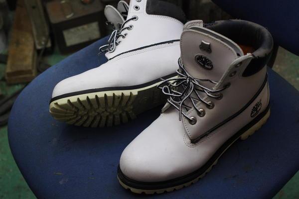 福井県 K様 Timberland ティンバーランド フィールドブーツ 履き口スポンジ張替え 内張り張替え 加水分解 本革サムネイル