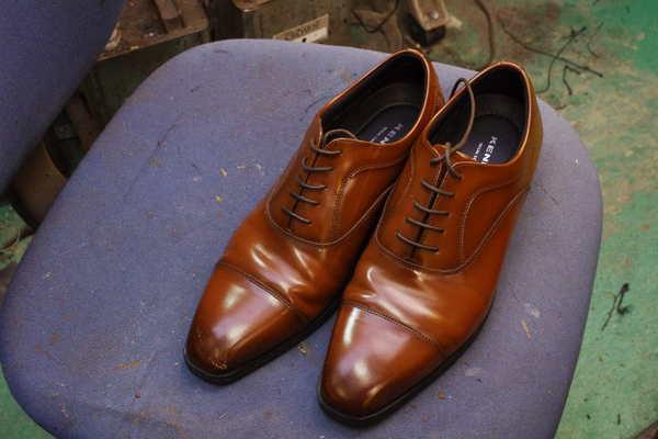 奈良県 N様 紳士革靴 つま先キズ補修 染め直し 少し濃く サムネイル