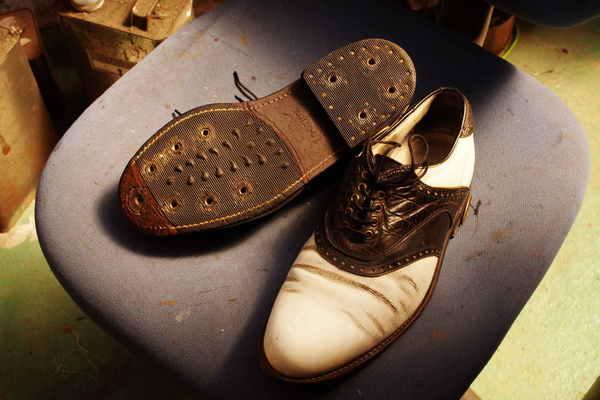 神奈川県 O様 FootJoy フットジョイ ハーフソールラバー交換 加水分解 出し縫いサムネイル